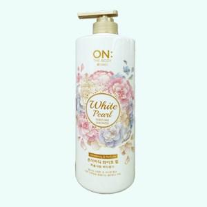 Sữa tắm dưỡng ẩm ON THE BODY White Pearl hương hoa hồng & trái cây 1kg