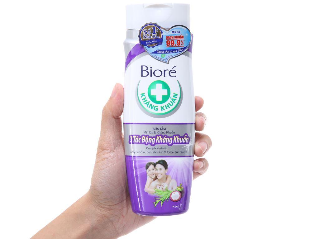 Sữa tắm Biore 3 tác động kháng khuẩn 220g 4