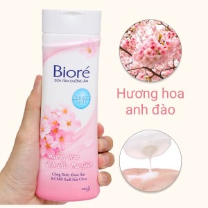 Sữa tắm dưỡng ẩm mịn da Bioré hương hoa anh đào 200g