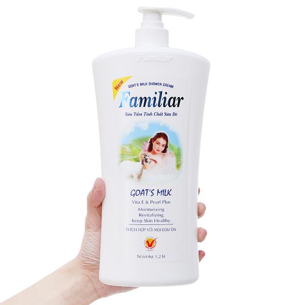 Sữa tắm tinh chất sữa dê Familiar 1.2l