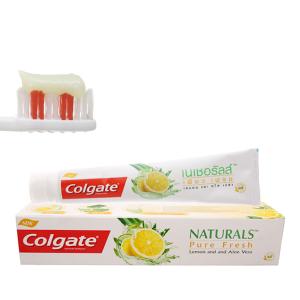 Kem đánh răng Colgate Naturals chanh và lô hội 180g