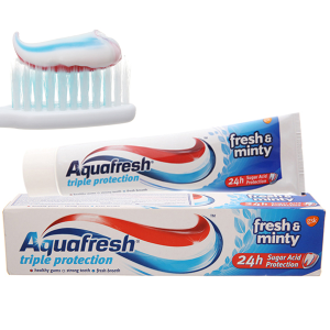 Kem đánh răng Aquafresh bảo vệ răng 24 giờ bạc hà thơm mát 100ml