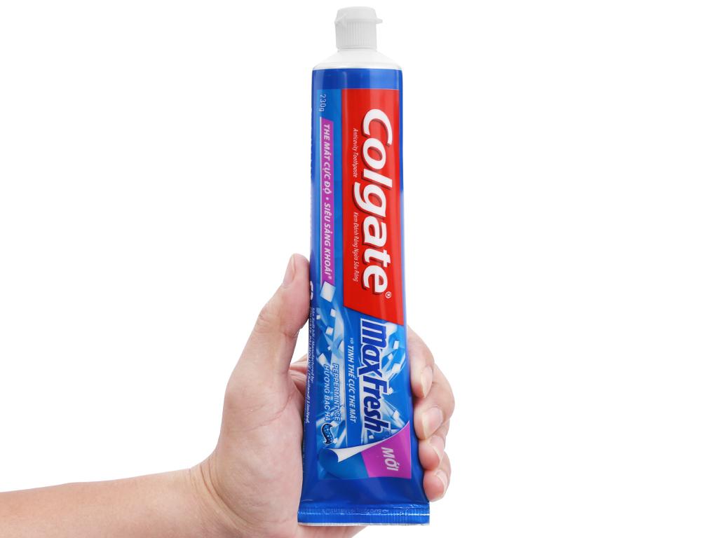 Kem đánh răng Colgate MaxFresh hương bạc hà 230g 6