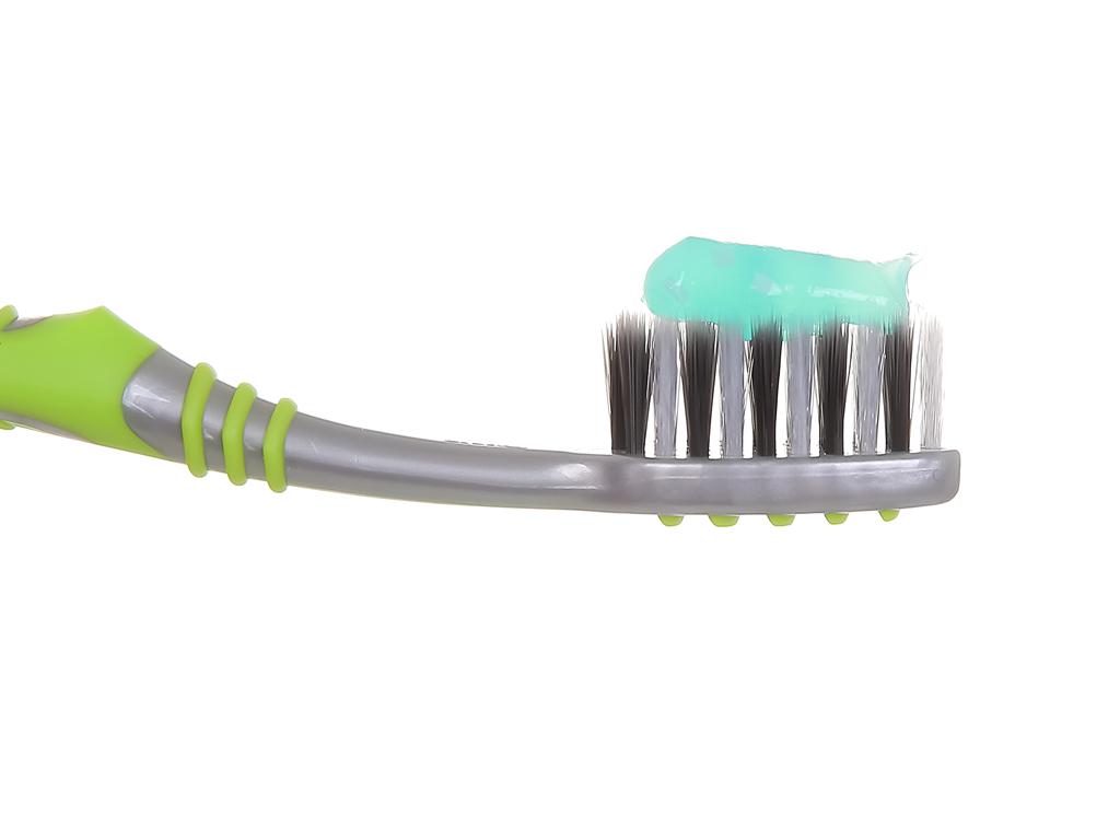 Kem đánh răng Colgate MaxFresh tinh chất than tre 200g 6