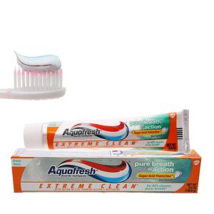 Kem đánh răng Aquafresh hơi thở thơm mát 158.7g