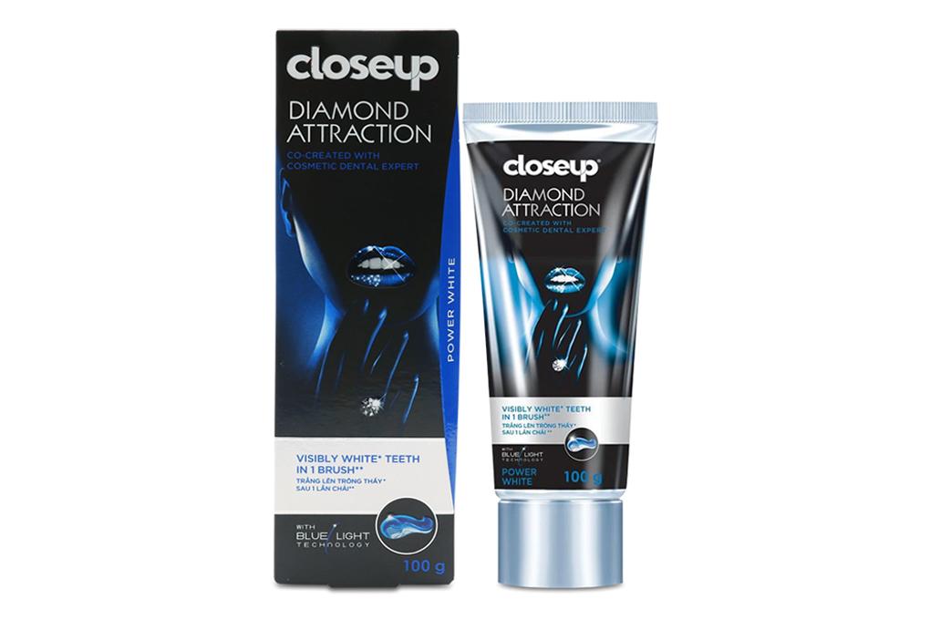 Kem đánh răng Closeup dạng gel Diamond Attraction 100g