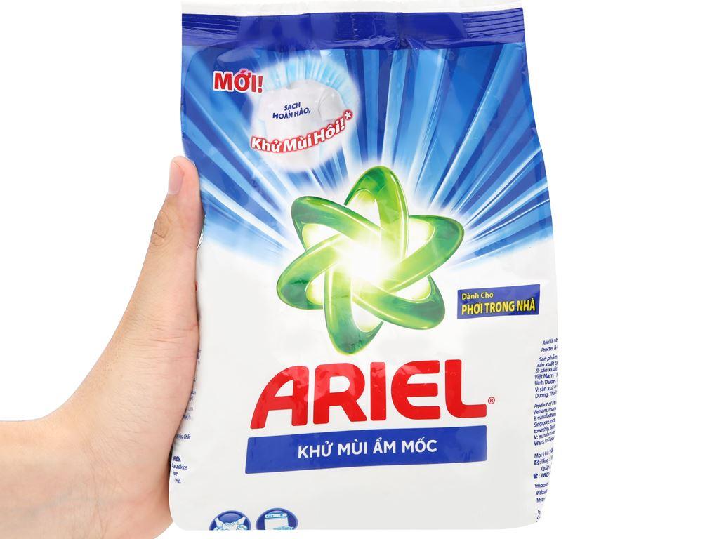 Bột giặt Ariel khử mùi ẩm mốc 650g 10