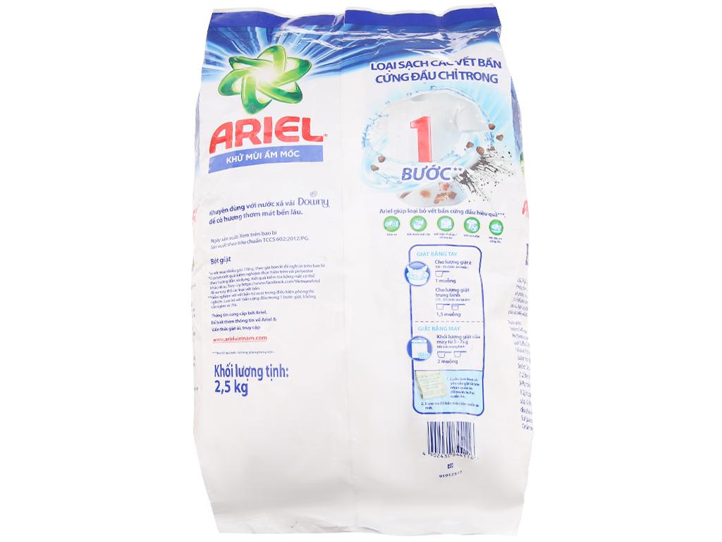 Bột giặt Ariel Khử mùi ẩm mốc 2.5kg 2