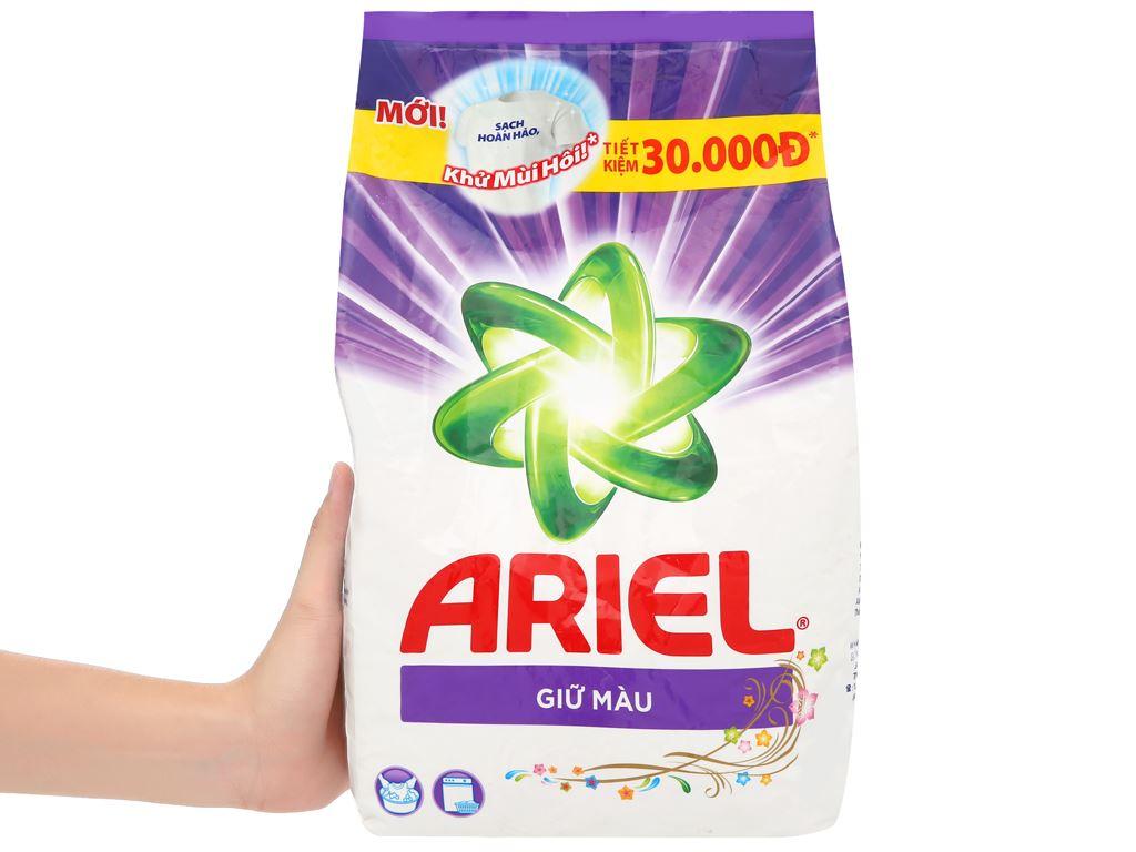 Bột giặt Ariel giữ màu 2.7kg 6