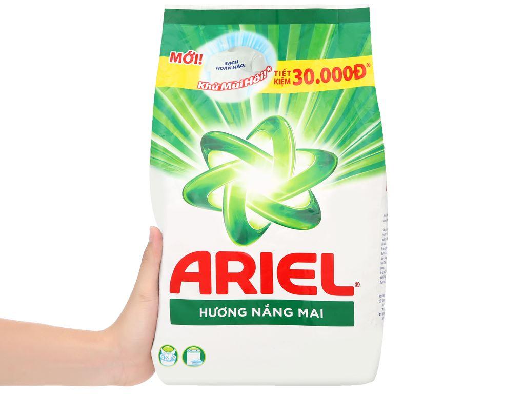 Bột giặt Ariel hương nắng mai 2.7kg 6