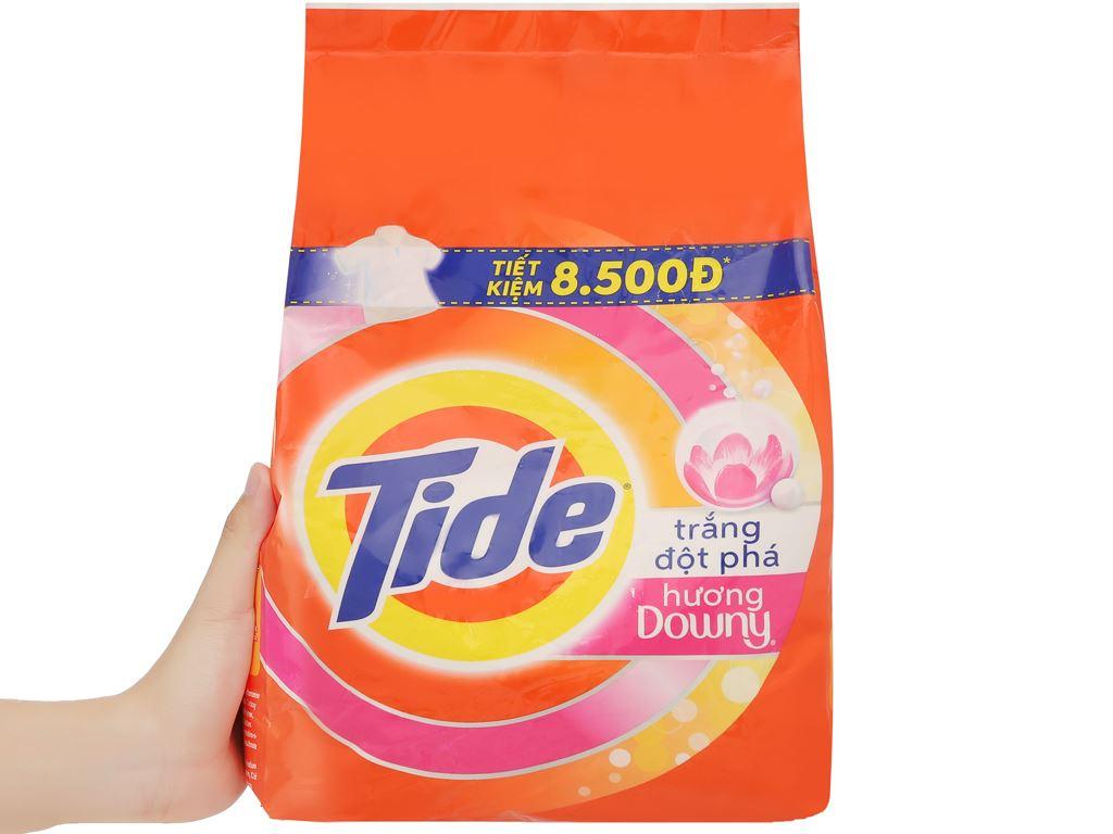 Bột giặt Tide trắng đột phá hương Downy 2.5kg 6