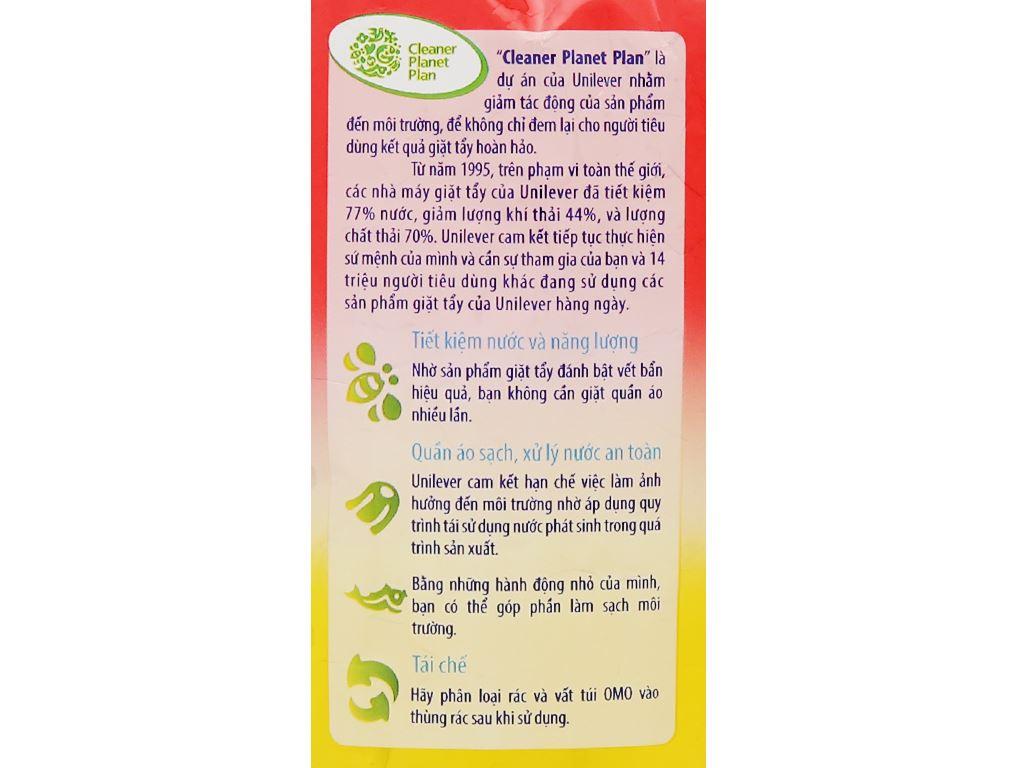 Bột giặt OMO Comfort tinh dầu thơm nồng nàn 720g 4