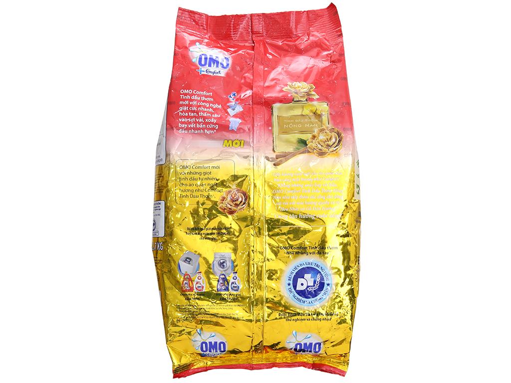 Bột giặt OMO Comfort Tinh dầu thơm nồng nàn 2.7kg 3