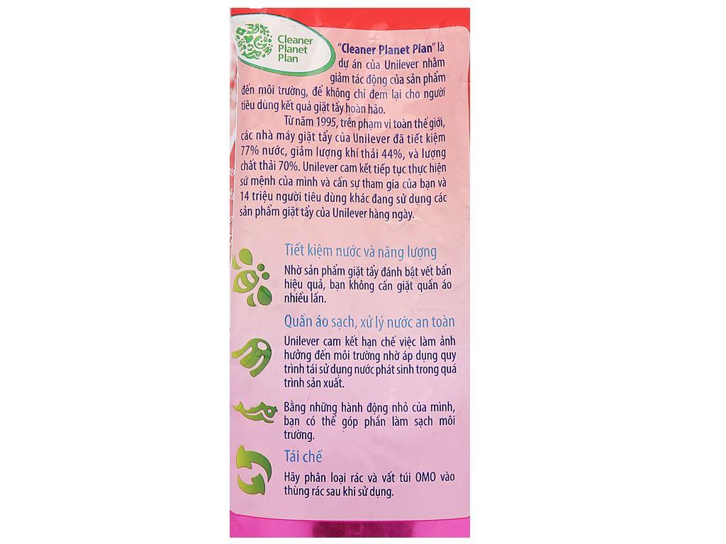 Bột giặt OMO Comfort tinh dầu thơm ngất ngây 5.5kg 4