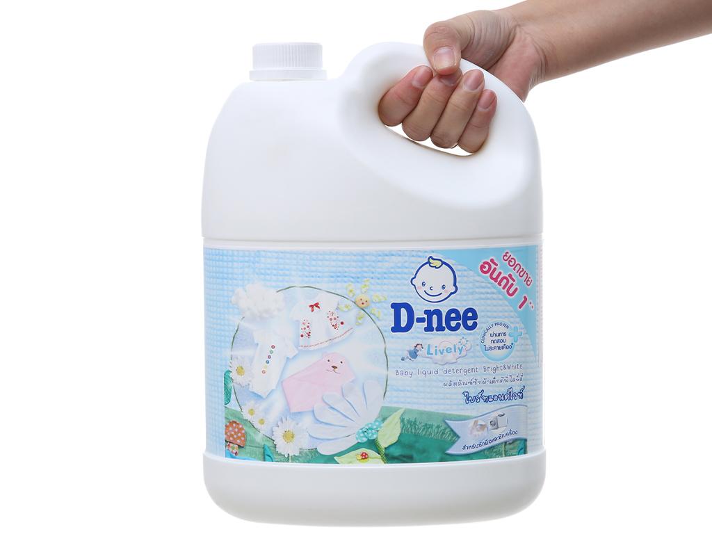 Nước giặt cho bé D-nee trắng can 3 lít 4