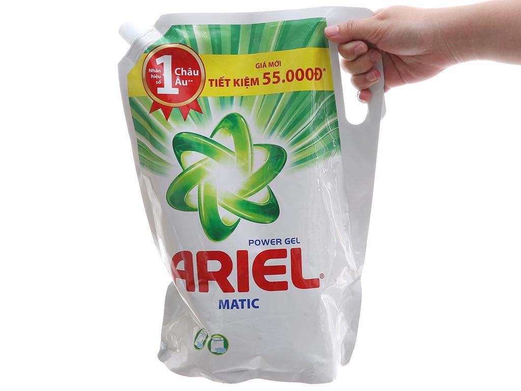 Nước giặt Ariel Matic túi 2.4kg 4