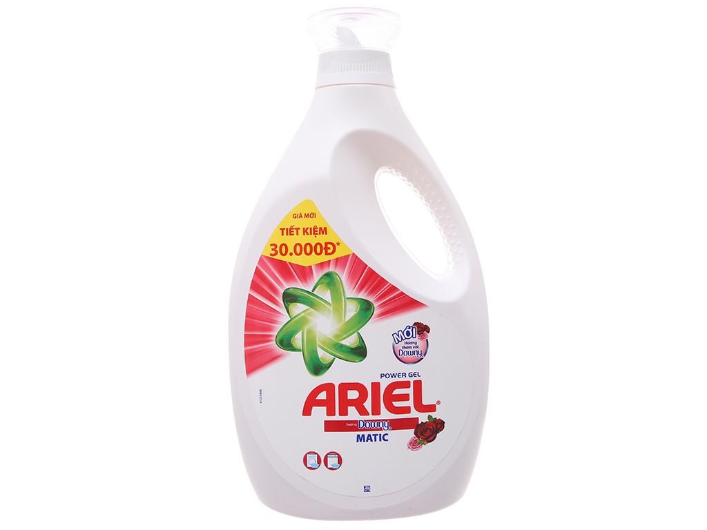 Nước giặt Ariel Matic Hương downy chai 2.4kg 2