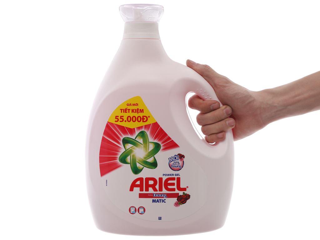 Nước giặt Ariel Matic Hương downy chai 3.8kg 3