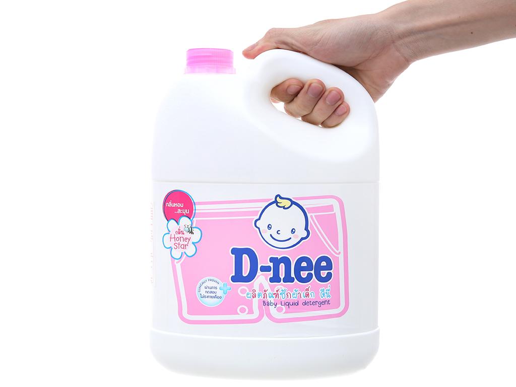 Nước giặt cho bé D-nee hồng can 3 lít 4