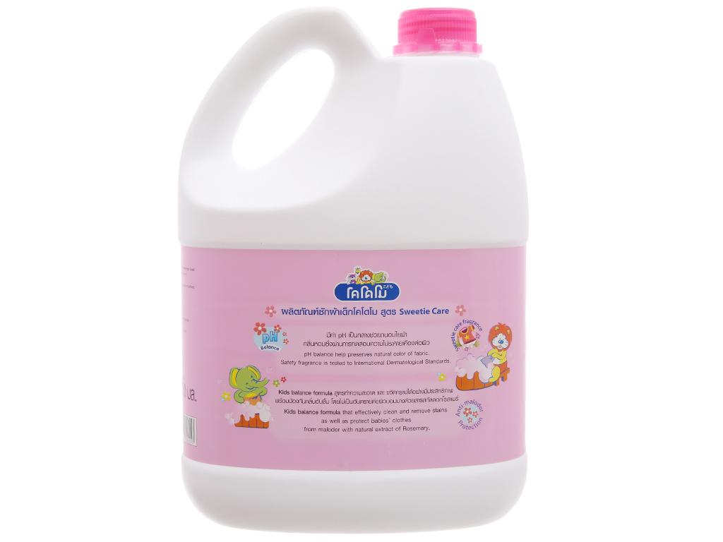Nước giặt cho bé Kodomo hồng chai 3 lít 3