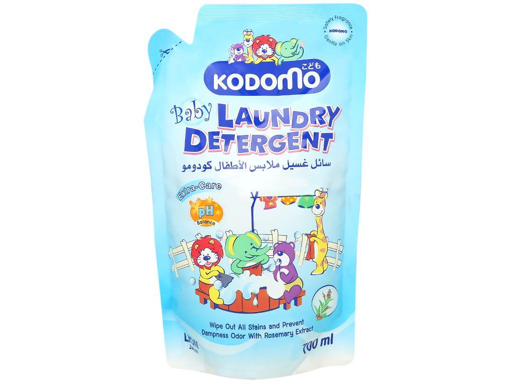 Dung dịch giặt tẩy Kodomo Extra care túi 700ml 1