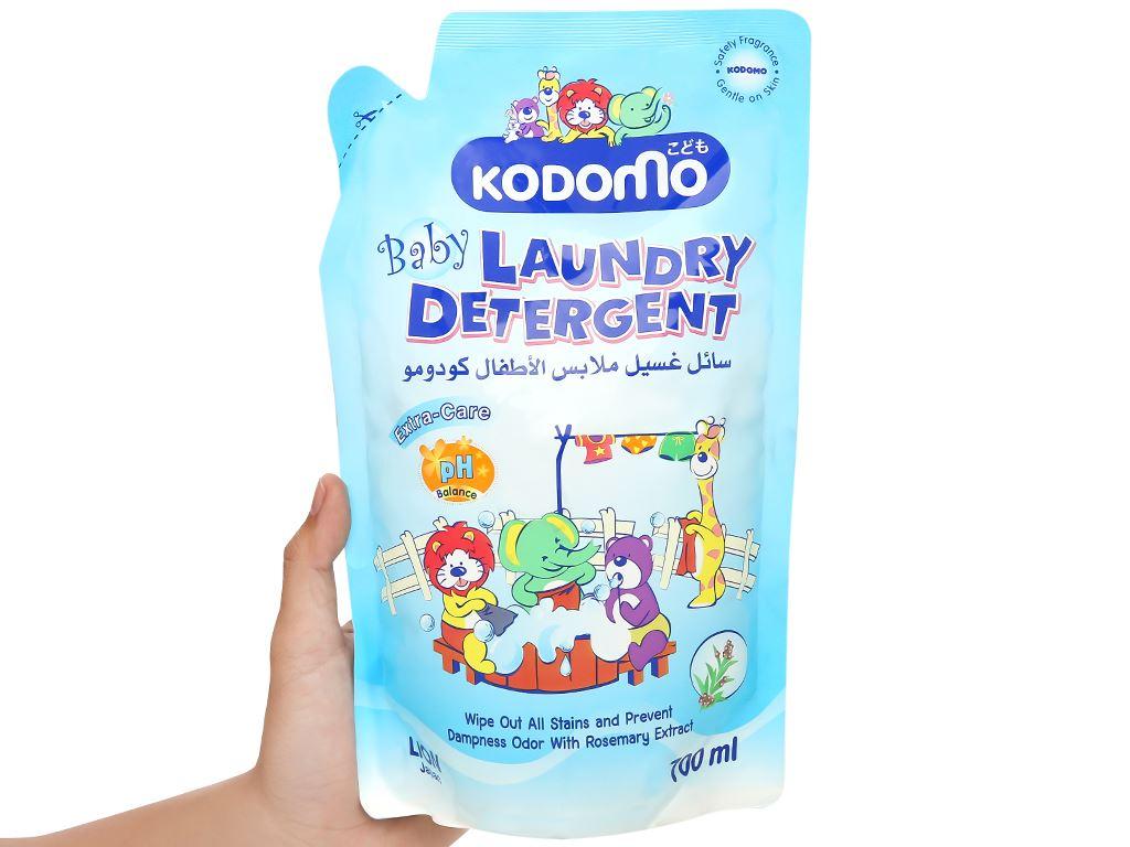 Dung dịch giặt tẩy Kodomo Extra care túi 700ml 4