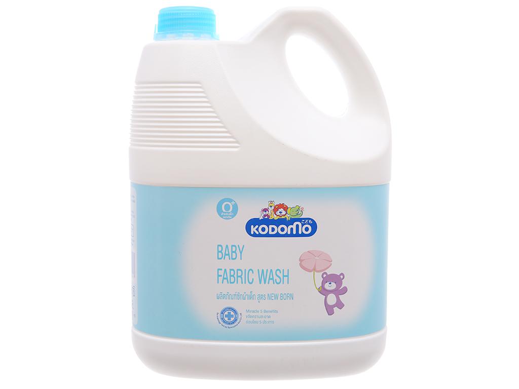 Nước giặt cho bé Kodomo xanh can 3 lít 2
