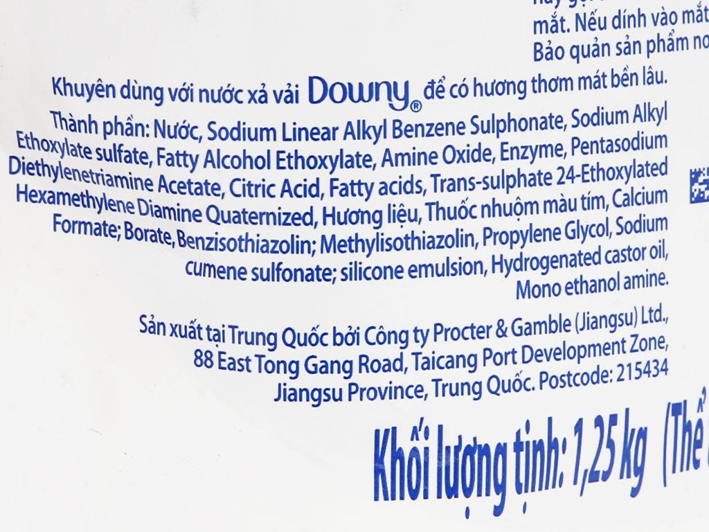 Nước giặt Ariel Matic giữ màu túi 1.2 lít 4