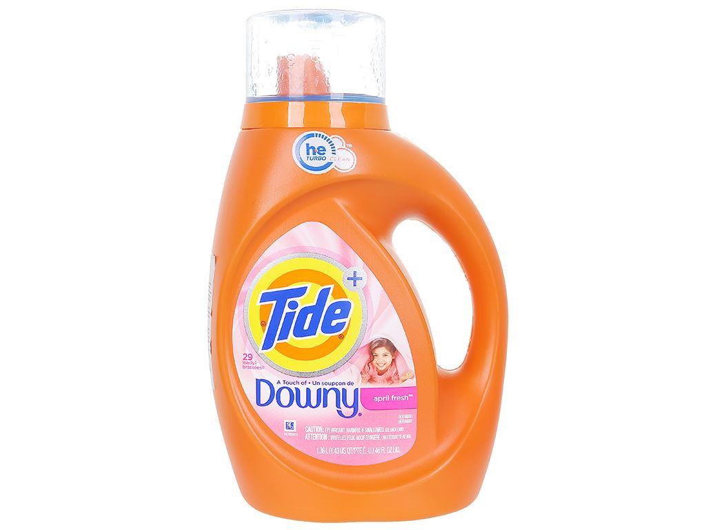 Nước giặt Tide hương Downy chai 1.36 lít 1