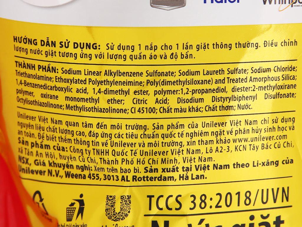 Nước giặt OMO Matic cửa trên Comfort tinh dầu thơm 1.9 lít 7