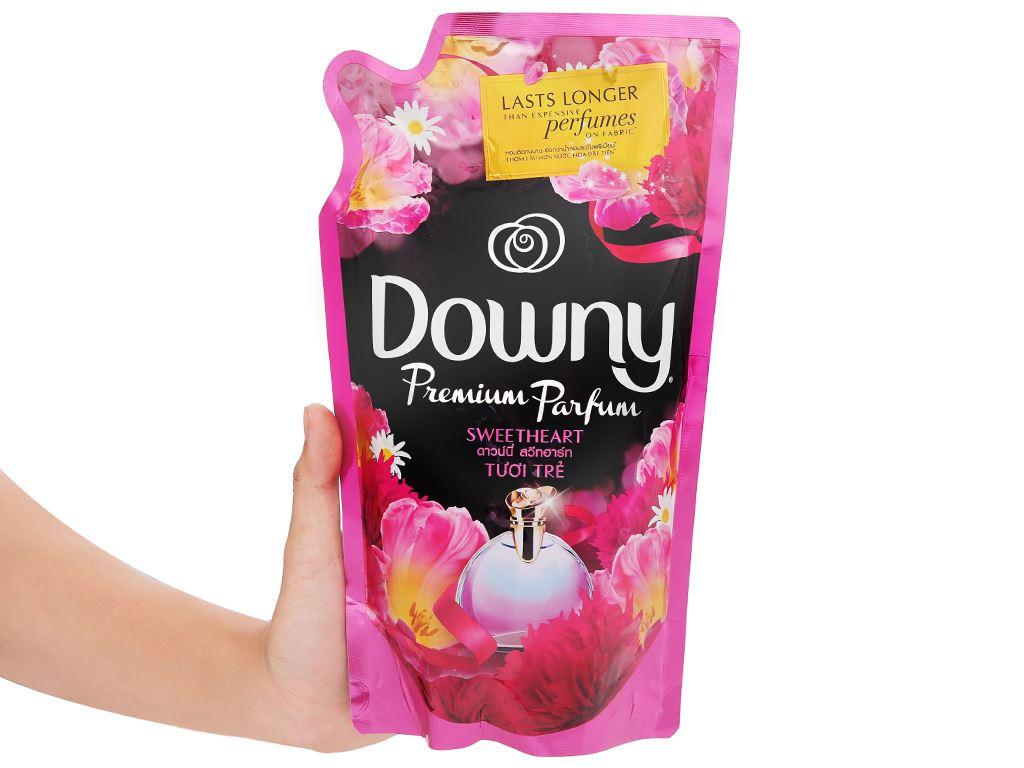 Nước xả vải Downy Parfum Collection tươi trẻ túi 800ml 6