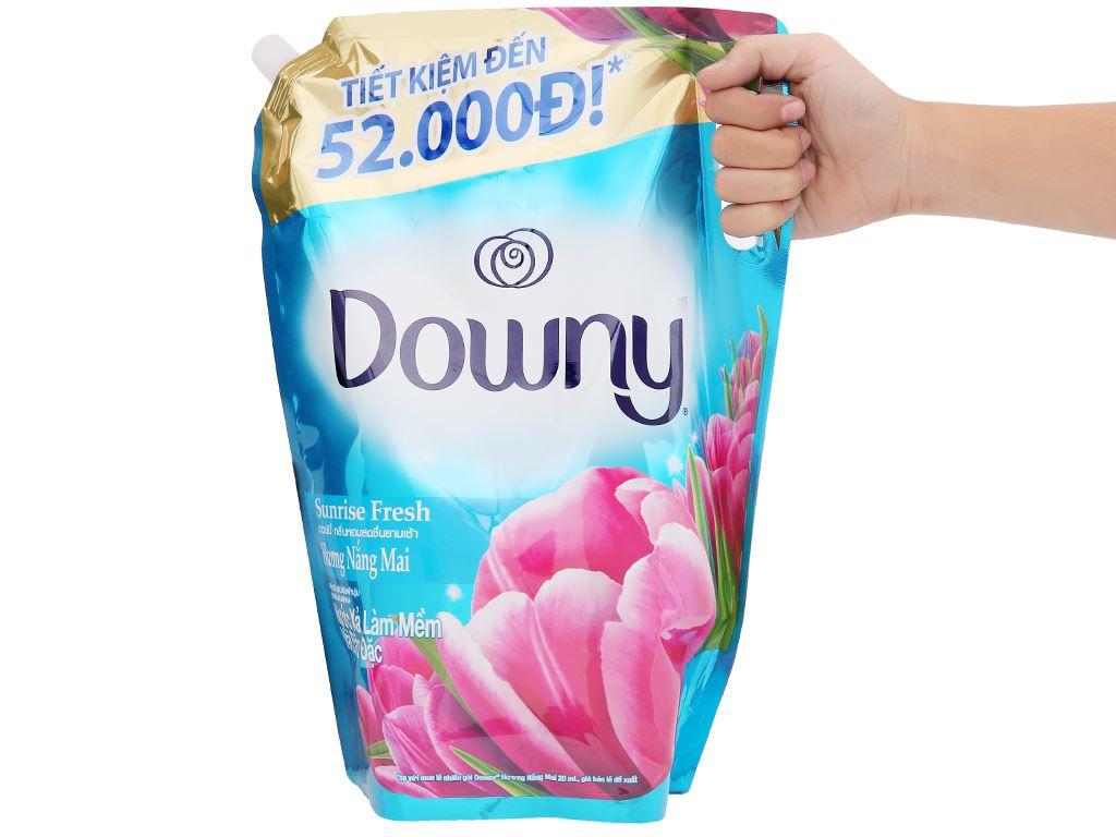 Nước xả vải Downy hương nắng mai túi 2.4 lít 9
