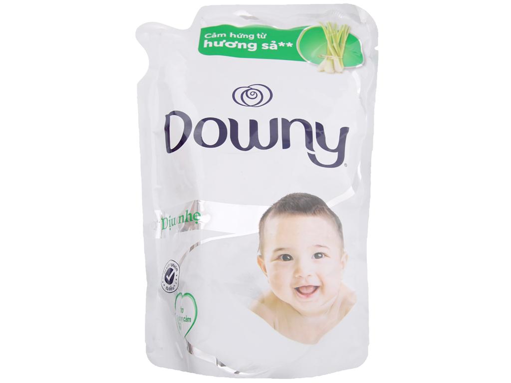 Nước xả vải Downy cho da nhạy cảm hương sả túi 800ml 1