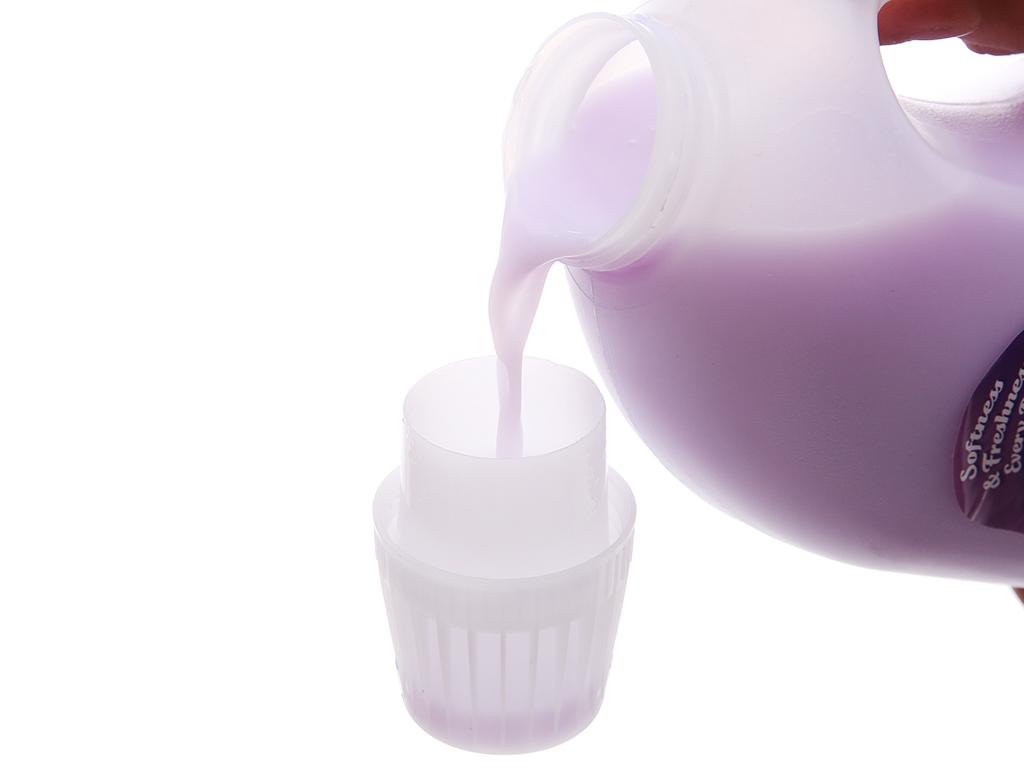 Nước xả vải cho bé Huggies hương lavender chai 2 lít 5