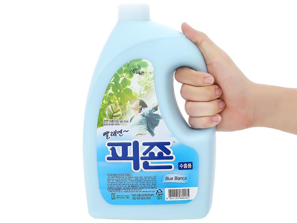 Nước xả vải Pigeon Hàn Quốc hương bianca chai 2.5 lít 4