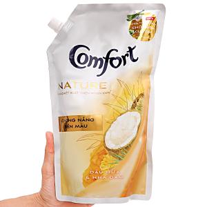 Nước xả vải Comfort Nature chiết xuất dầu dừa và nha đam túi 1.5 lít