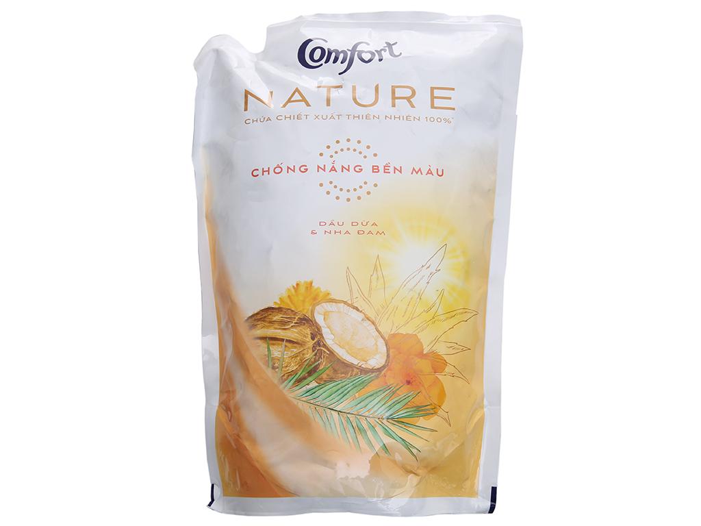 Nước xả vải Comfort Nature chiết xuất dầu dừa và nha đam túi 1.6L 2
