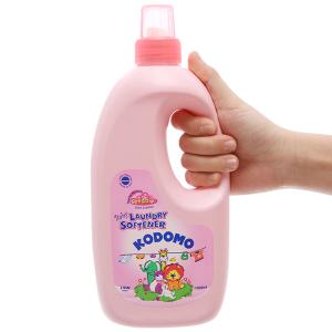 Nước xả vải cho bé Kodomo Soft & Dry chai 1 lít