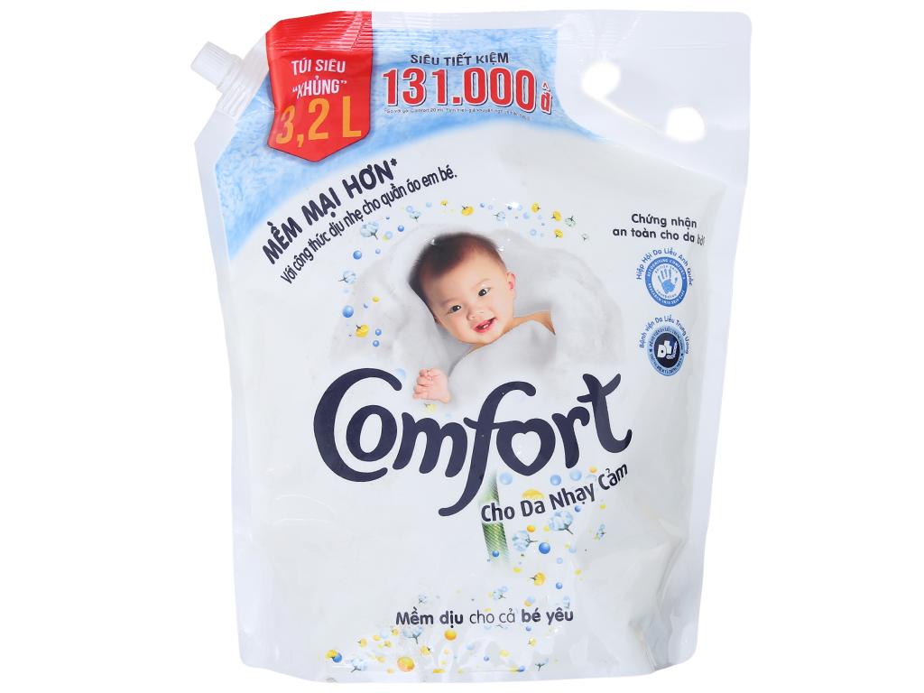Nước xả vải Comfort cho da nhạy cảm hương phấn túi 3.2L 1
