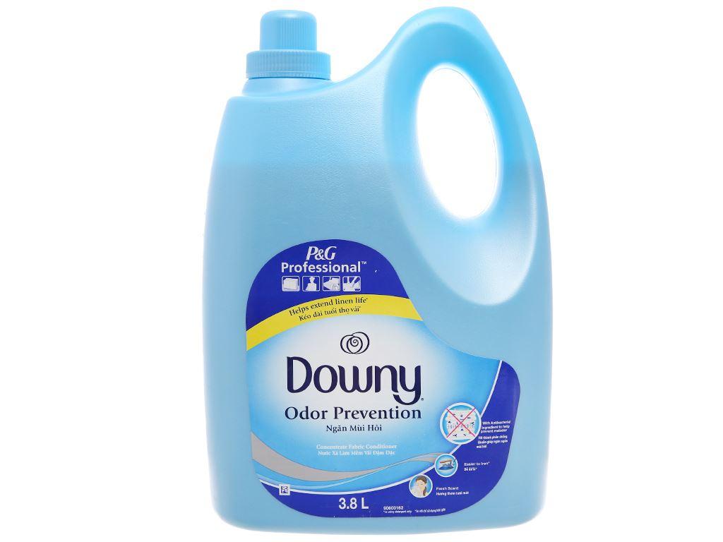 Nước xả vải Downy ngăn mùi hôi chai 3.8L 2