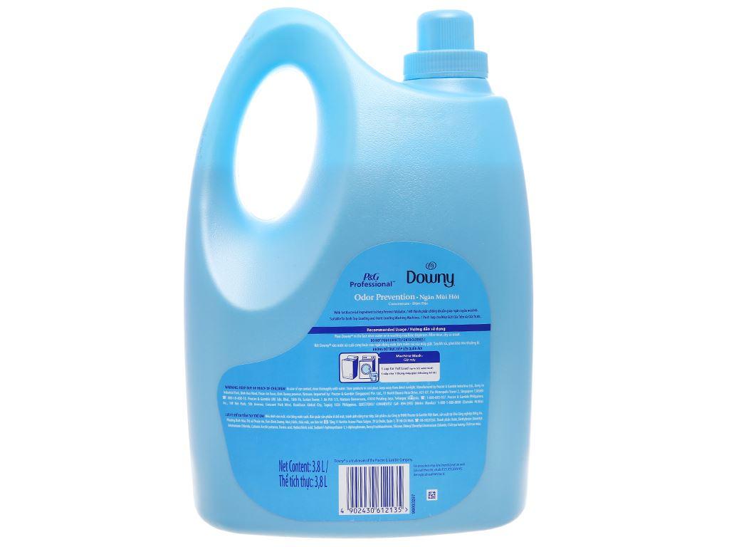 Nước xả vải Downy ngăn mùi hôi chai 3.8L 3