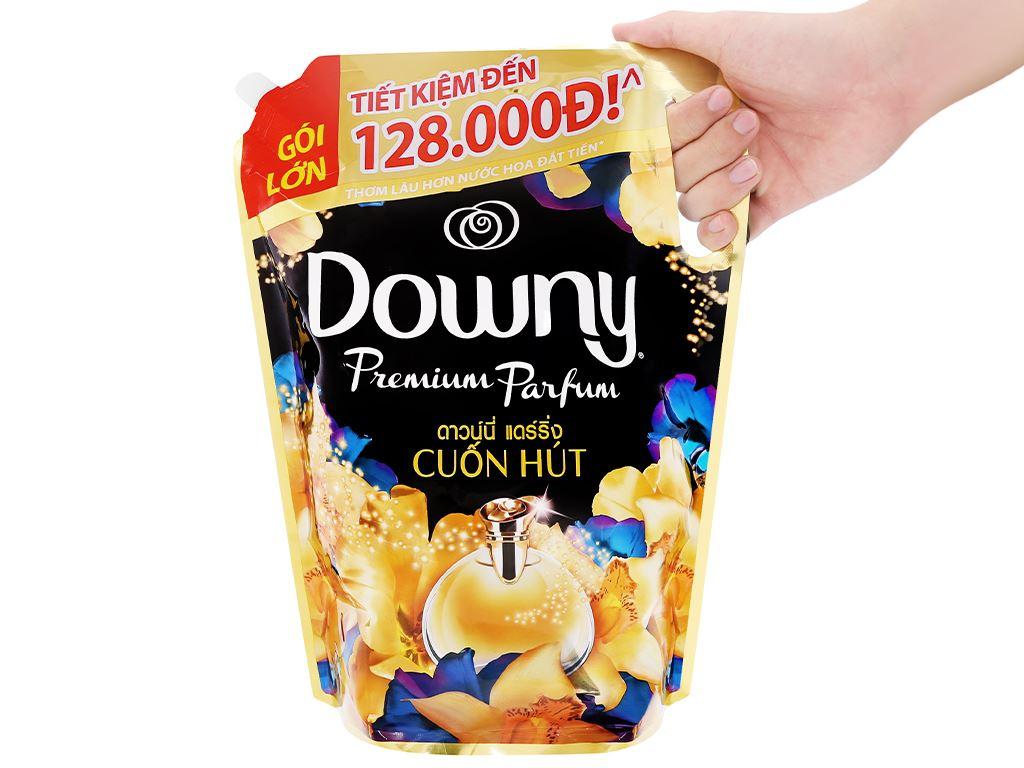 Nước xả vải Downy Premium Parfum cuốn hút túi 2.3 lít 5