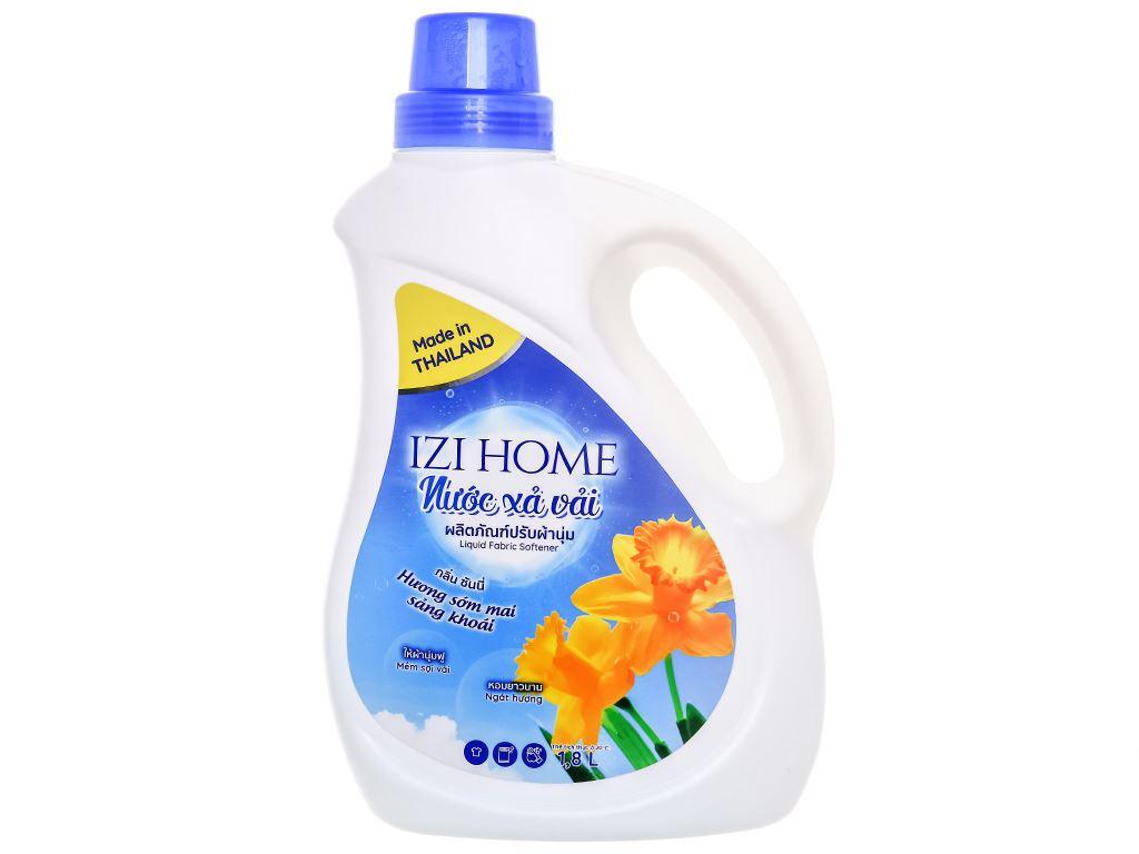 Nước xả vải IZI HOME hương sớm mai chai 1.8 lít 1