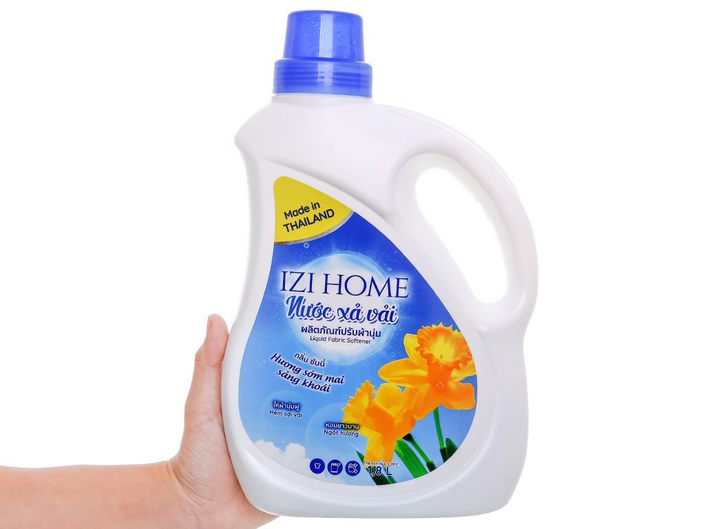 Nước xả vải IZI HOME hương sớm mai chai 1.8 lít 5