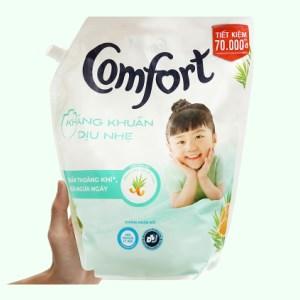 Nước xả vải Comfort kháng khuẩn dịu nhẹ túi 2.4 lít