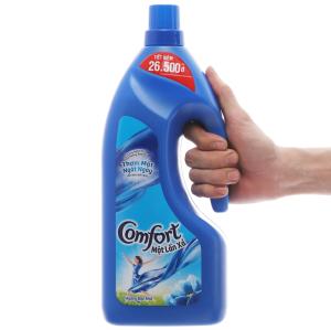 Nước xả vải Comfort một lần xả hương ban mai chai 1.8 lít