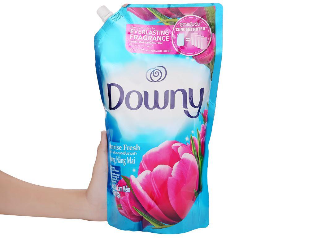 Nước xả vải Downy hương nắng mai túi 1.6 lít 6