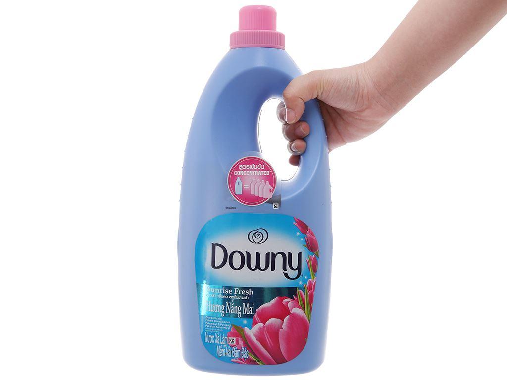 Nước xả vải Downy hương nắng mai chai 1.8 lít 4