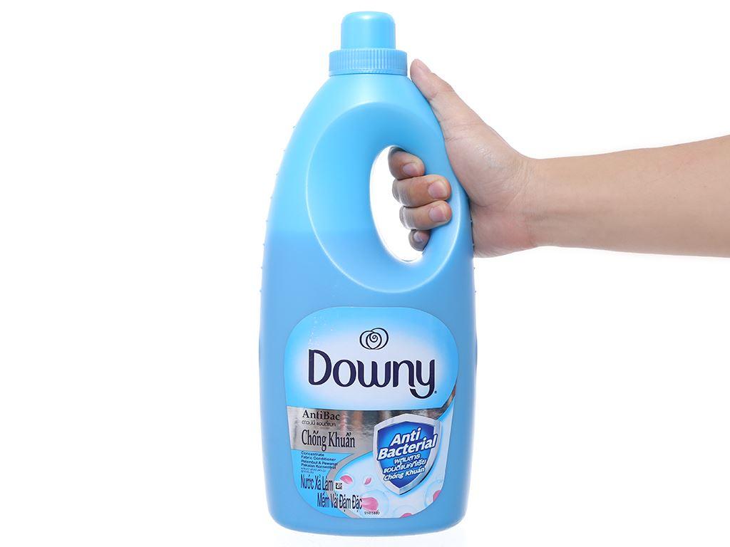 Nước xả vải Downy chống khuẩn chai 1.8 lít 4