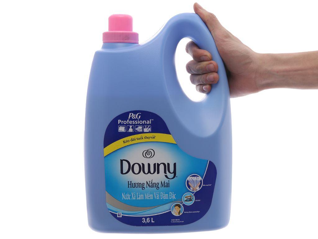 Nước xả vải Downy hương nắng mai 3.6L 5